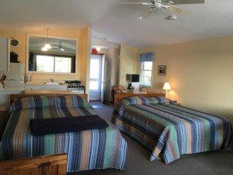 North Truro Condo W/Private Balcony and 2 Queen Beds