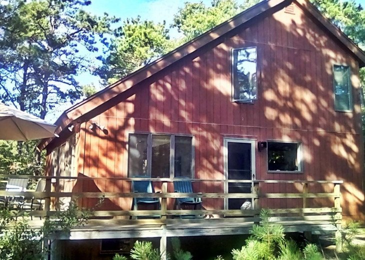 Contemporary 3BR Saltbox Nestled in Woods #1